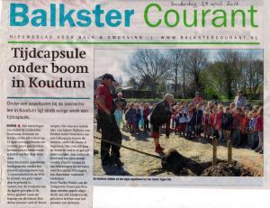 leerlingen-basisscholen-balk-planten-boom-met-tijdcapsule-balkster-courant