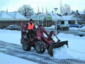 009. Sneeuw ruimen en gladheidsbestrijding